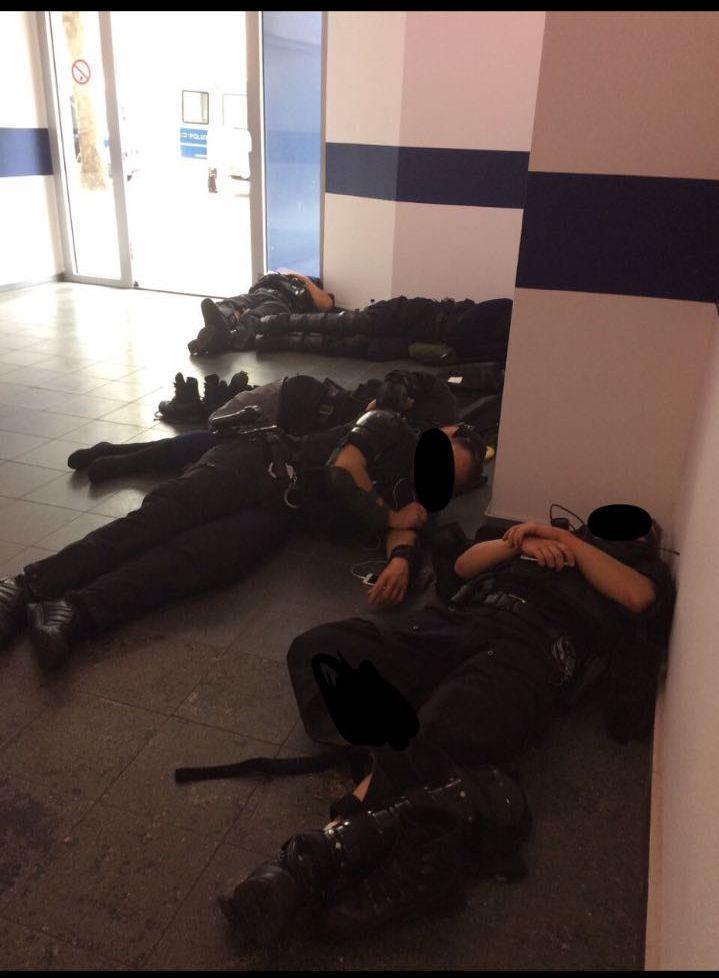 g20 chaos g20 polizeischutz gewalt gegen polizisten. Black Bedroom Furniture Sets. Home Design Ideas